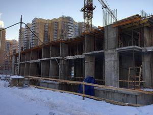 Город Долгопрудный, микрорайон «Центральный», корпус 18 (январь 2017, фото 1-2)