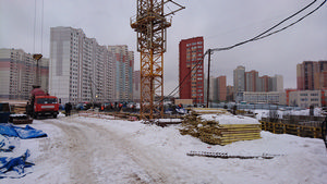 Город Долгопрудный, микрорайон «Центральный», корпус 52а (январь 2017, фото 1-2)